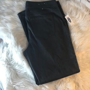 NWT OLD NAVY GRAY SIZE 14 REGULAR JEGGINGS